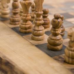 Деревянная шахматная доска ручной работы,...